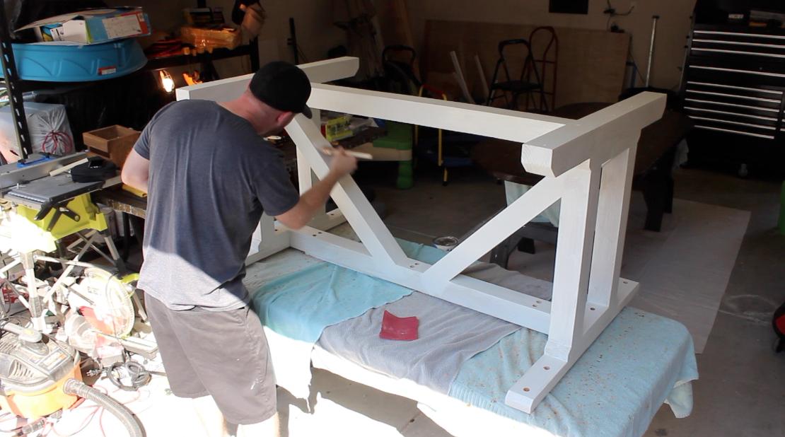 Painting farmhouse table base