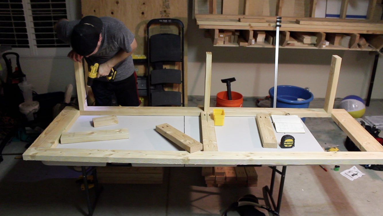 attaching short stretchers to workbench with pocket screws